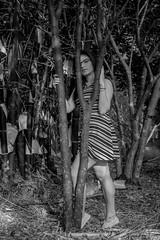 monyscaria (pannelsix) Tags: blanco y negro white black pose address nature green tree light lightroom snow sea bridge old new garden orage digital sunny happy day pretty hill cute lady leaf desing