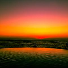 Kiss the Sky (Thomas Hawk) Tags: california fourseasons fourseasonspuntamita mexico puntamita usa unitedstates unitedstatesofamerica infinitypool sunset swimmingpool fav10 fav25 fav50