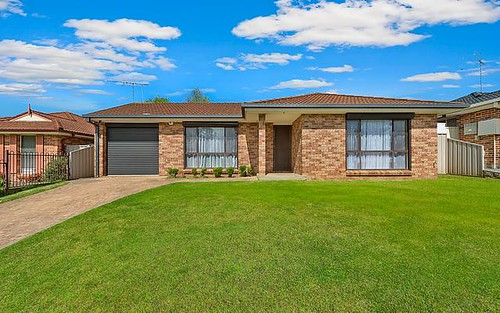 63 SOUTHEE CIRCUIT, Oakhurst NSW 2761