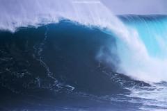 IMG_0438 copy (Aaron Lynton) Tags: peahi jawas jaws surfing surf lyntonproductions lynton big wave xxl wsl canon 7d maui hawaii surfer