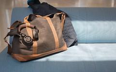 BackBeatPRO2_Black_and_Tan_Luggage (plantronicsgermany) Tags: backbeatpro2 blackandtan luggage blur