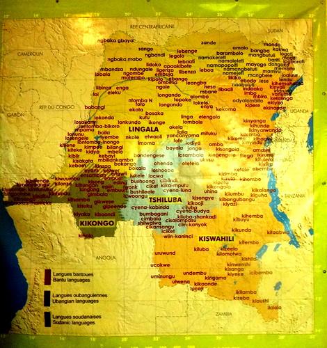 Mapa de las lenguas habladas en el Congo; museo Nacional.   Kinshasa. RD Congo
