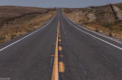 feeling free (zora_schaf) Tags: highway58 california feelingfree freiheit highway strasse kalifornien usa unitedstates landscape zoraschaf