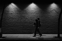(Claudio Blanc) Tags: street streetphotography night noche nocturna buenosaires bw bn blancoynegro blackandwhite argentina
