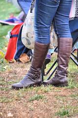 2016-11-19 (41) Nike Park Turf, Great Falls VA (JLeeFleenor) Tags: photos photography va virginia nikepark greatfalls girls woman femme frau vrouw donna lamujer dona امرأة жена 女子 žena kvinde nainen γυναίκα האישה nő औरत wanita 女性 여자 kvinne زن kobieta mulher женщина kvinna หญิง kadın жінка ngườiphụnữ boots shoes footwear footgear outside outdoors jeans tightjeans