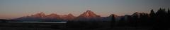 Teton sunrise (RPahre) Tags: pano panorama tetons grandtetons grandtetonnationalpark wyoming sunrise mountmoran