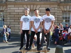 Edinburgh Fringe Festival 2015 - Formosa Circus Art (Royan@Flickr) Tags: street costumes festival actors high edinburgh royal fringe entertainment international acting singers performers mile 2015 20150813