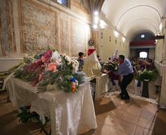Bajada de la Virgen del Villar 2015 _ 42 (Iglesia en Valladolid) Tags: ermita devocin lagunadeduero religiosidadpopular besamano virgendelvillar piedadpopular nuestraseoradelvillar