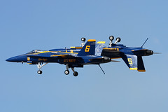 Blue Angels F/A-18A 163093/6 with 162411/5 (Ian Tate) Tags: rts blueangels fa18a renosteadairport krts 162411 163093