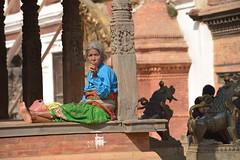 Nepal, Bhaktapur (dscheronimo) Tags: nepal woman trekking earthquake reisen nikon hiking porträt kathmandu frau himalaya unescoworldheritage wandern bhaktapur weltkulturerbe d800 hft