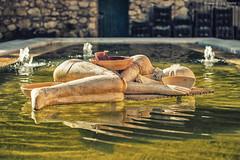 Sleeping on gold (alessandro.demedici) Tags: sardegna statue arte acqua statua cagliari bellezza giardino giardini oro artistico sogno bello mimmo pubblico liquido paladino pubblici dormiente dorato dormienti sognante