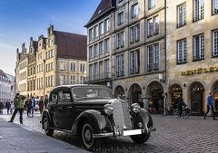 old Daimler (D.A. Photo) Tags: auto old bw white black car germany deutschland mercedes benz nikon historic oldtimer sw weiss schwarz mnster daimler historisch d7200