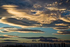 Remarkable sky over the Breisgau (echumachenco) Tags: sky cloud clouds evening december batzenberg schallstadt wolfenweiler freiburgimbreisgau fence badenwrttemberg germany deutschland nikond3100
