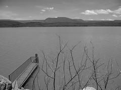 El Chique Dam, Zacatecas (josebañuelos) Tags: zacatecas presa tabasco blancoynegro dam water