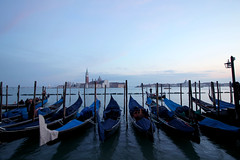 (ngiambr1) Tags: italy italia venice venezia cityofcanals floatingcity city water canals rivers gondola black blue floating sunset dusk fall cool europe abroad study studyabroad nature natural