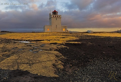Dyrhlaey Lighthouse at twilight (Pete 5D......) Tags: coast iceland rock lava twilight leading line sky skies pink hue window light lite working formation vk dyrhlaey architecture lighthouse lantern