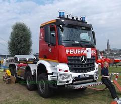 MB Arocs 4142 - WLF (michaelausdetmold) Tags: mercedes arocs lkw truck wlf wechsellader einsatz blaulicht katastrophenschutz kats nrw emmerich