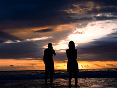 Sunset in kuta (Suta Lascarya) Tags: beach romantic olympuspen zuikolens bali indonesia landscape sunset orange