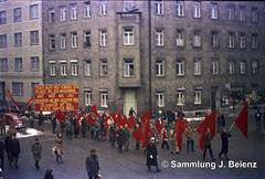 Mnchen Demo Januar 1971 Sedan- Ecke Steinstrasse (Pacific11) Tags: mnchen munich 1970 1971 vintage alt selten bilder bayern demo demonstration kpdml kpd steinstrasse