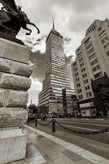 Torre Latinoamericana I (Pablo Leautaud.) Tags: mexico mexicocity cdmx centro granangular wideangle ultra urban urbano pleautaud torre latinoamericana torrelatino ejecentral