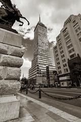 Torre Latinoamericana I (Pablo Leautaud.) Tags: mexico mexicocity cdmx centro granangular wideangle ultra urban urbano pleautaud torre latinoamericana torrelatino ejecentral