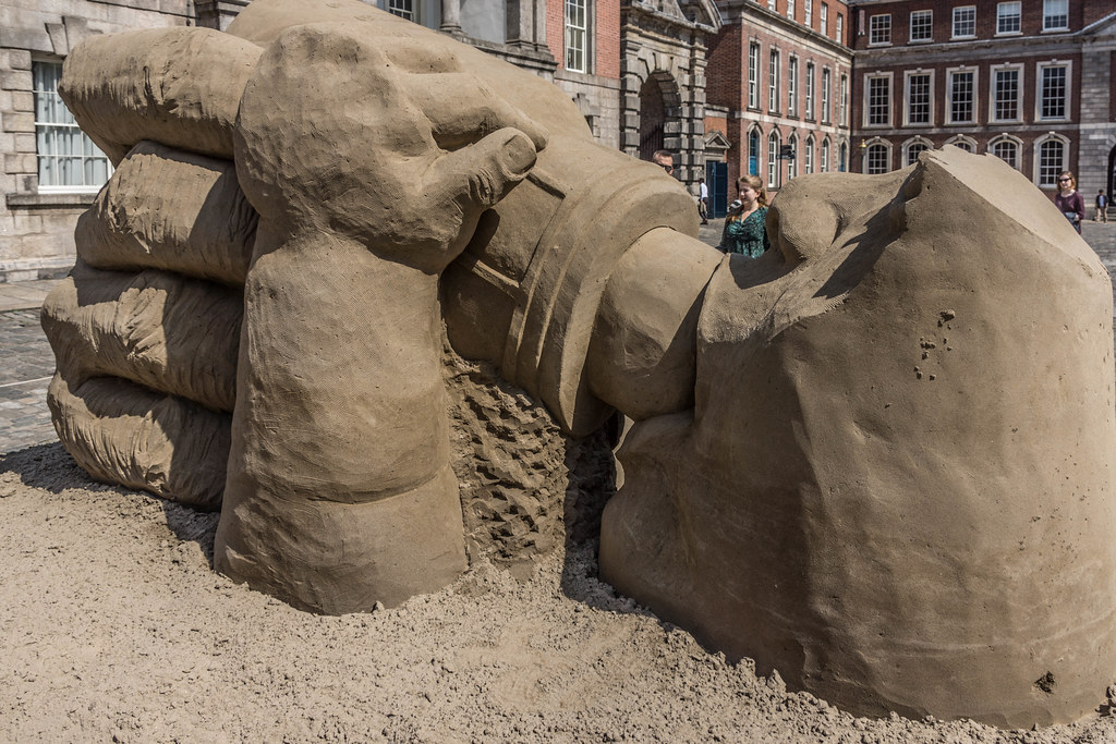 SAND SCULPTURES AT DUBLIN CASTLE [EMOTIONAL STATES] REF-107053
