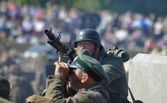 Looking for planes (lcfcian1) Tags: show war leicestershire victory ww2 cosby 2015 ww2reenactment victoryshow cosbyvictoryshow victoryshowcosby victoryshow2015
