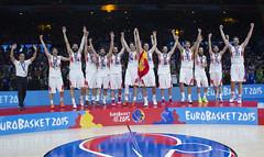 _NPP0157 (Baloncesto FEB) Tags: espaa mas m septiembre podium final rey 20 seam iv felipe copa seleccion campeones 2015 masculina lituania campen vestuario eurobasket medallas absoluta 200915