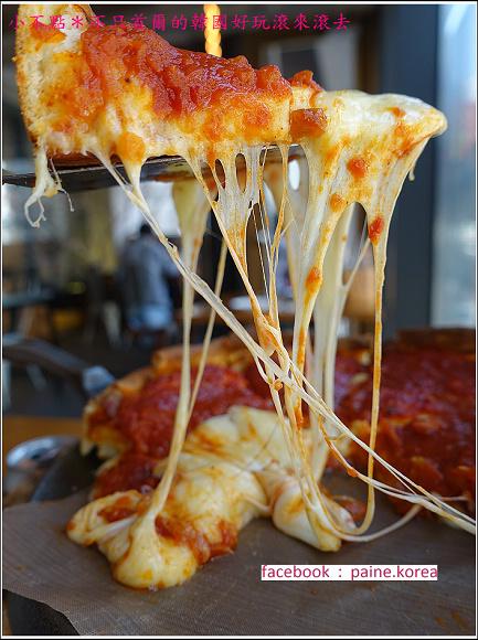 弘大original chicago pizza (29).JPG
