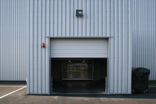 Теплые быстрые ворота для автосалона.  Теплі  швидкі ворота для автосалону. Efaflex. Hyundai CZ-Ostrava 002