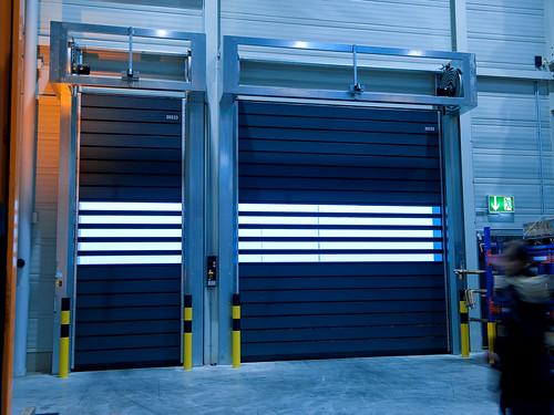 Спиральные скоростные ворота. Спіральні швидкі ворота. Hi speed spiral doors. EFAFLEX_SST_180