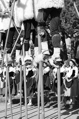 Les Lous de Bazas (thérèsedaly) Tags: autrefois vintage fête citrouille noir et blanc échasse danseuses
