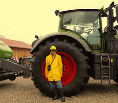 Traktor and Rainwear (Gummifreak) Tags: rainwear rubberboots hunter