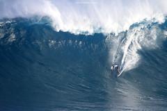 IMG_1773 copy (Aaron Lynton) Tags: surfing lyntonproductions canon 7d maui hawaii surf peahi jaws wsl big wave xxl