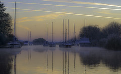 The Frome Sunrise (grahamhutton) Tags: dorset frome riverfrome river wareham mist fog boats sailing water sunrise dawn dawnbreak purbeck purbecks sonya6000 sony70200mmf4feg sonyg fe mirrorlesscamera csc emount lee leefilters poloriser grad pinksky