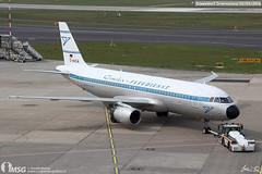 D-AICA (dabianco87) Tags: aeroplano aircraft aerei plane dusseldorf dus airbus a320 condor daica retr
