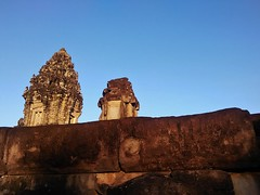 nearing the top of Bakong (SM Tham) Tags: asia cambodia angkor unescoworldheritagesite roluosgroup bakong khmer stone temple templemountain pyramid towers stonecarvings sky evening outdoors