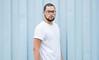 _CLE9120-Editar (Cleison Silva) Tags: boy modelo barba oculos indie azul sãopaulo barueri urbano art retrato