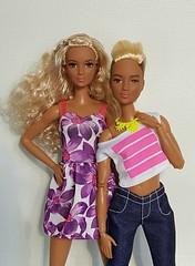 My sparkling Kayla's  (Lo_zio87_Barbie Collector) Tags: kaylaleamold madetomove fashonistas fashonistasfashion fisheyes blond