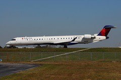 N600LR Canadair CRJ-900 Delta Connection (eigjb) Tags: delta airlines airliner jet florida kmco mco orlando mccoy international airport february 2016 plane spotting aviation aircraft airplane canadair crj900 connection regional crj9 n600lr bombardier air endeavor