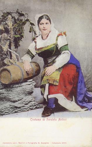 Feroleto Costume