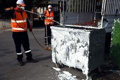 aliaga_cöp konteynerleri dezenfekte ediliyor (aliagabelediyesi) Tags: çöp ediliyor dezenfekte konteynerleri