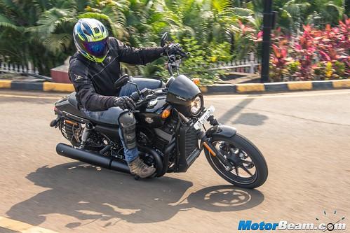 2016-Harley-Davidson-Street-750-01