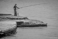 Vistas desde la orilla... (gustavoriverasimois) Tags: uruguay montevideo rambla