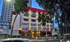 Hotel Garden Lama (BxHxTxCx (using album)) Tags: surabaya building gedung architecture arsitektur hotel