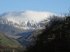 6181 Yr Wyddfa (Mt Snowdon) from Plas Gwernoer (Andy - Busyyyyyyyyy) Tags: 20161124 eryri mmm mountain mtsnowdon snow snowdonia sss yrwyddfa