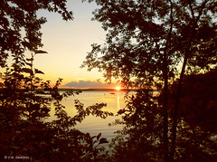 Sunset over the Potomac (r.w.dawson) Tags: nanjemoy charlescounty maryland md sunset potomac river