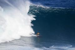 IMG_2106 copy (Aaron Lynton) Tags: surfing lyntonproductions canon 7d maui hawaii surf peahi jaws wsl big wave xxl