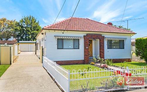 33 Hebe Street, Greenacre NSW 2190