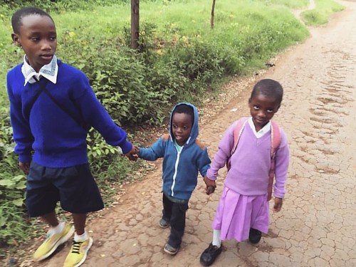 "Just another day in Tanzania 💖 #schooldays #familywalk #letbarakastartschoolalready #thekidcantwaitanylonger • <a style=""font-size:0.8em;"" href=""http://www.flickr.com/photos/59879797@N06/30759407252/"" target=""_blank"">View on Flickr</a>"